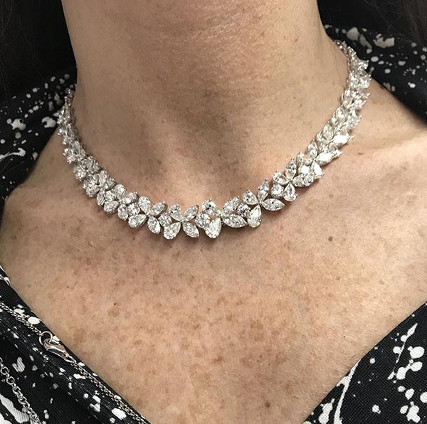 Pear Shape Diamonds Necklace