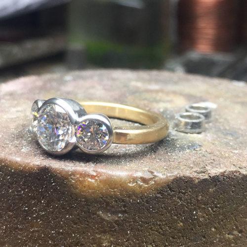 three round diamonds yellow white gold ring